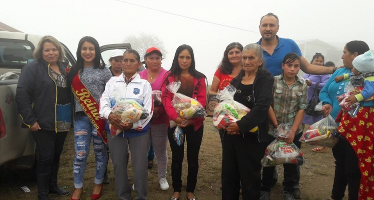 EL GOBIERNO PARROQUIAL - AGASAJO NAVIDEÑO A NUESTRA GENTE DE LA PARROQUIA.